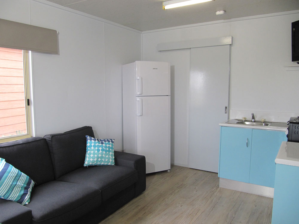 budget cabin adelaide