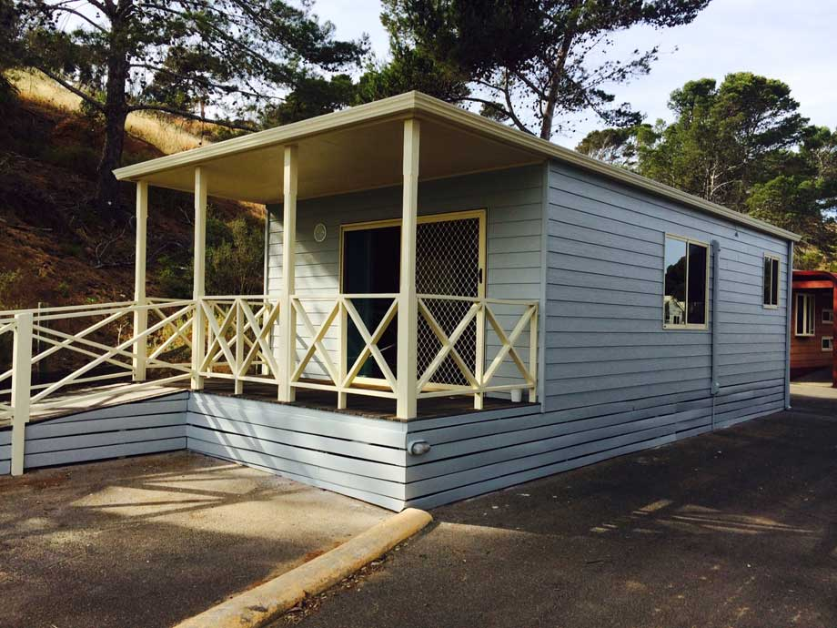 hillside cabin brighton beachfront holiday park